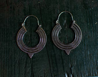 Silver earrings with triangle - Medium -