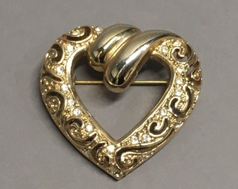 Vintage Filigree Heart Signed ROMAN Brooch Pin Gold Tone Rhinestone