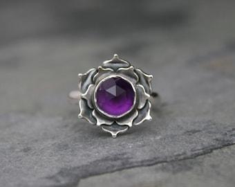 Purple Lotus Amethyst Ring, Sterling Silver Cocktail Ring, Statement Ring, Faceted Rose Cut Gemstone, Dark Purple Jewel Lotus Flower Ring