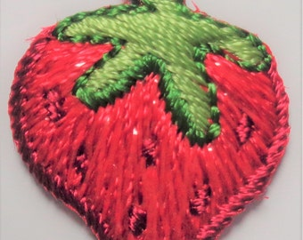 small STRAWBERRY IRON ON applique