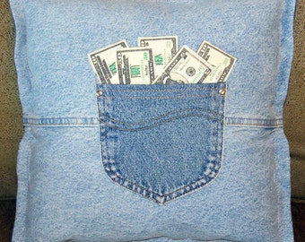 throw pillow from recycled jeans