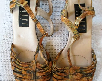 1960's faux snake skin Leather strappy open toed chunky heal By Amalfi Size 9AA