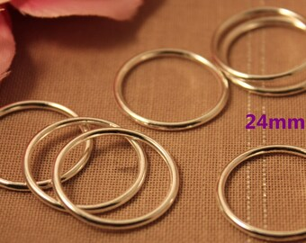 Set of 50 silver closed rings 24mm