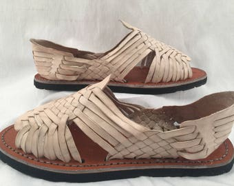 WOMENS LEATHER HUARACHES Sandals vintage style made in mexico with tire sole