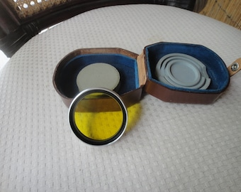 Voigtlander 49mm Chrome with leather case RARE  302/49 Yellow/green filter
