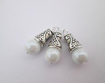 3 breloque perle blanche et calotte métal argenté 21 x 8 mm