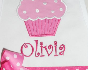 Personalized Pink Cupcake on White Apron - Kids Apron - Adult Apron - White Apron - Cupcake Apron - Girl Apron - Mommy and Me Apron