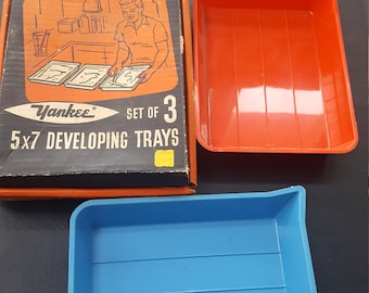 """Vintage 5""""×7"""" developing trays by yankee"""