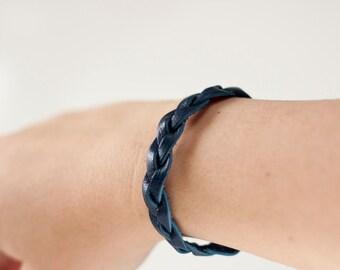 Braided Leather Bracelet / Navy Blue