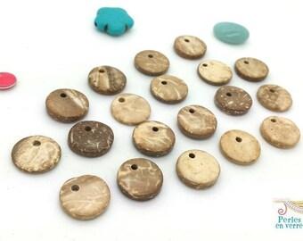 Beige / ivory / tan: 20 sequins charms coconut (pb32) 12mm diameter