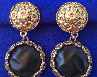 Vintage  1950s Le Ritz Gold-tone Drop Clip On Earrings
