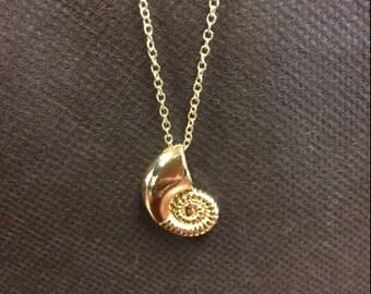 Ariel seashell necklace, Uma Necklace, Uma Costume, Uma Cosplay, Ariel's necklace, little mermaid necklace, ariel cosplay, ariel costume