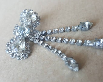 Vintage Bow Brooch 1950s Diamante White  Dangle Bow Brooch