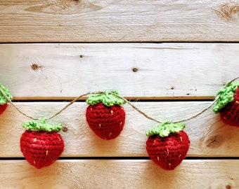 Crochet Strawberry Garland, Strawberry Garland, Crochet Strawberry, Spring Garland, Summer Garland