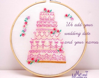 Wedding mementos. Pastry chef ornament. Wedding cake completed cross stitch. Personalized wedding date names. Anniversary gift. wedding cake