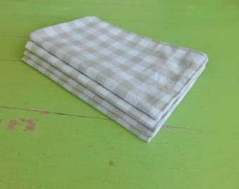 Everyday Cloth Napkins, Set of 4, Light Grey Gingham