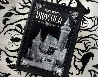 Dracula - cadeau littéraire de Bram Stoker - boîte de livre - papier mâché - bijoux boîte - idée cadeau pour les amateurs de livre-