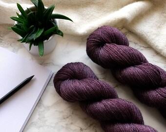 Hand dyed yarn, handgefärbte Wolle, hand dyed lace yarn, cashmere yarn, handdyed yarn, handmade gift, PREORDER  -  Red Amethyst