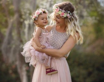 Mommy and me crowns / flower crowns / flowergirl / bridesmaide / flowercrown / white and pink flower crown