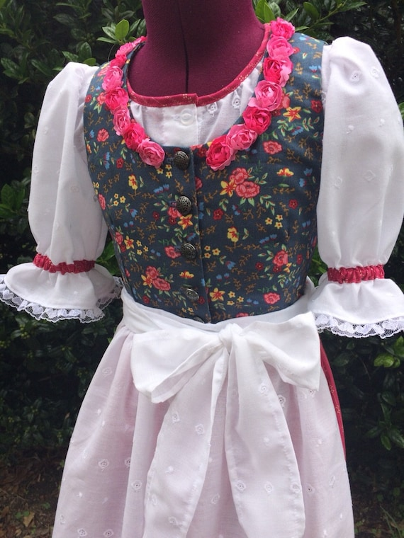 Girls custom made traditional dirndl