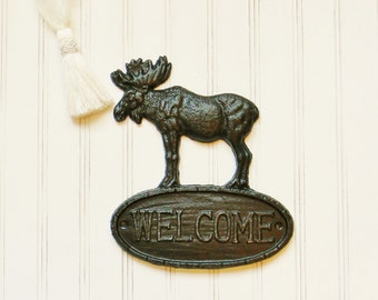 Welcome Sign, Moose Wall Decor, Cast Iron Welcome Sign, Cabin Decor, Hunting Lodge Decor, Housewarming Gifts, Gifts for Him, Masculine Gifts