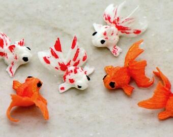 Miniature Gold Fish Glass Terrarium Filler Hand Made Clay Fish Charm Terrarium Supplies Jewelry Making Supplies (F019)