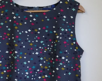 starry starry night...ladies simple 1960s style shift dress with side seam pockets