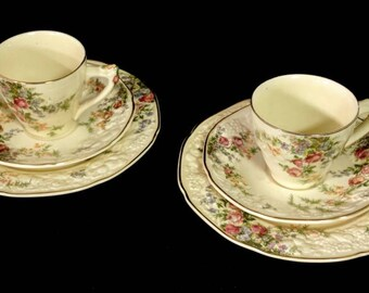Vintage Pair of 3 Piece Crown Ducal Florentine Rosalie Demitasse Coffee Tea Cup Saucer Biscuit Porcelain Plate Trio ref 152569