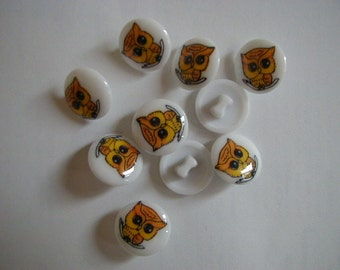 10 round owl buttons