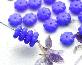 Cornflower Blue Flower beads, czech glass beads, blue floral beads, daisy flower - 9mm - 20Pc - 2170