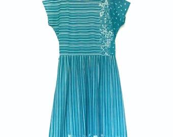 Vintage Green with White Floral & Stripe Dress   Medium 10-12