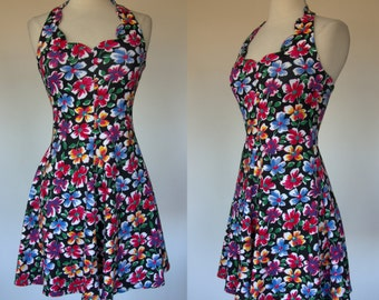 Floral halter dress, cotton, body con, spandex, fit and flare, scalloped mini dress, Yes clothing, Small
