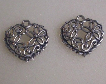 4 20mm heart pendant/charms