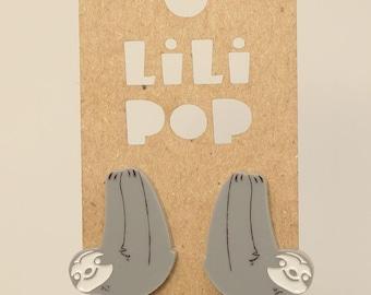 Stud earrings ''Sloth'' (Lili0609) reclaimed grey plastic