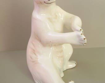 Large,Vintage  porcelain animal figurine,polar bear/ice bear