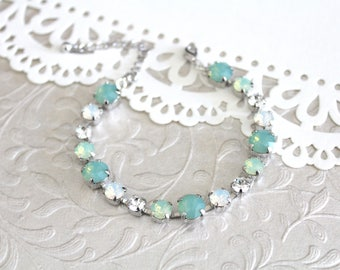 Mint Green bracelet, Bridal bracelet, Bridal jewelry, Opal bracelet, Swarovski bracelet, Green crystal bracelet, Wedding jewelry, White opal