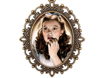 Wizard of Oz Dorothy Gale Judy Garland Oh My! Victorian Cameo Large or Small Handmade Bronze or Silver Necklace Jewellery