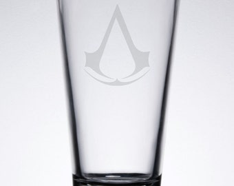 Assassin's Creed Etched 16 oz Pub Glass