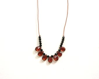 GARNET Necklace / JANUARY Birthstone / Beaded Gemstone Necklace / Short Necklace / Boho Style / Layering / Folkloric Jewelry