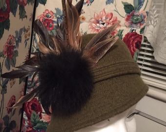 Cloche style Green Wool Hat