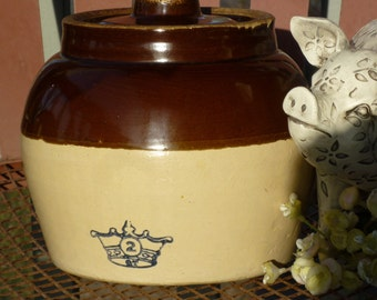 Blue Crown #2QT Bean Pot.  One Handle Blue Crown Robinson Ransbottom Pot, for baking or curing. Made in USA - Original Lid