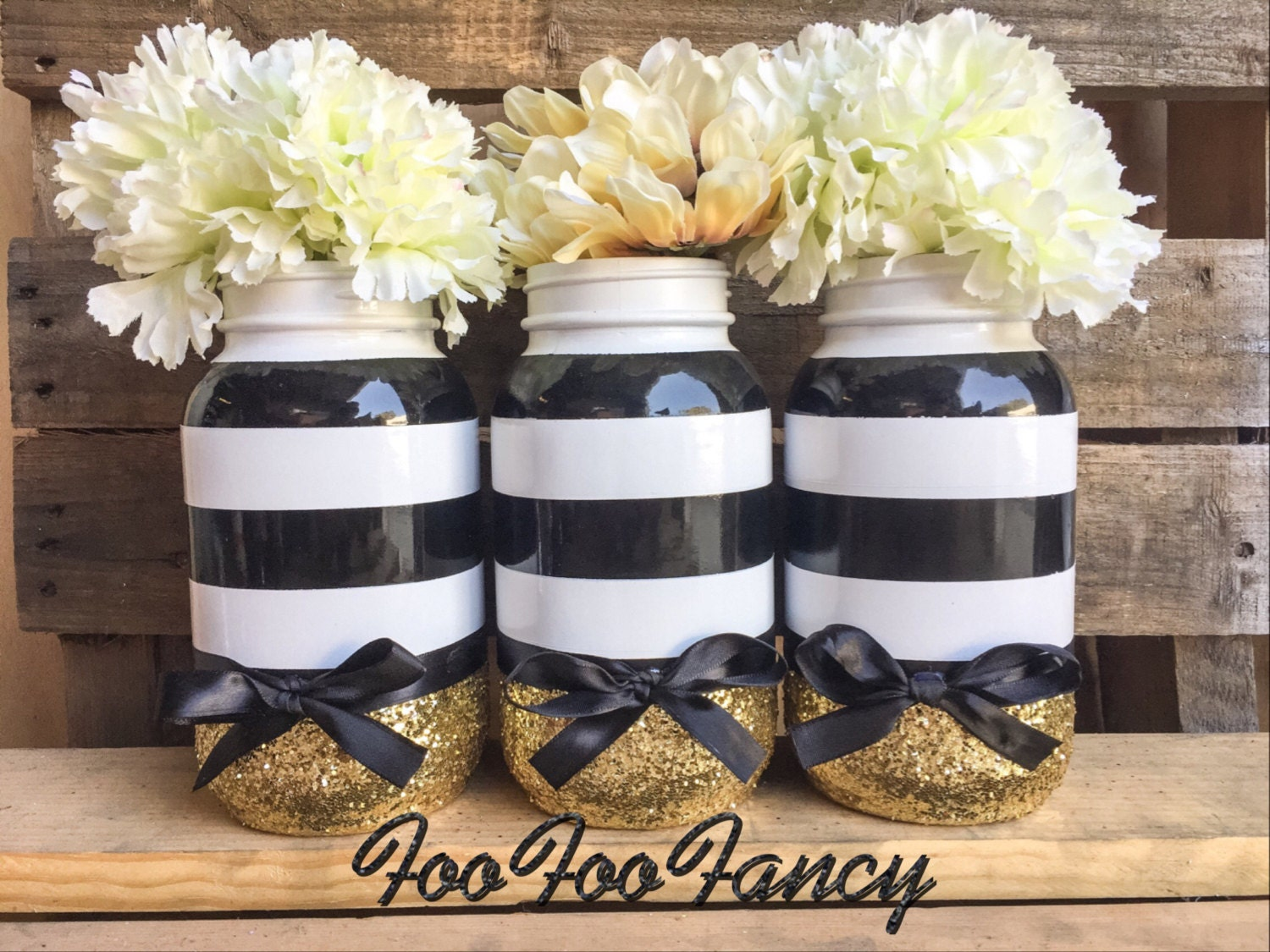 black white and gold mason jar black and white party decor. Black Bedroom Furniture Sets. Home Design Ideas