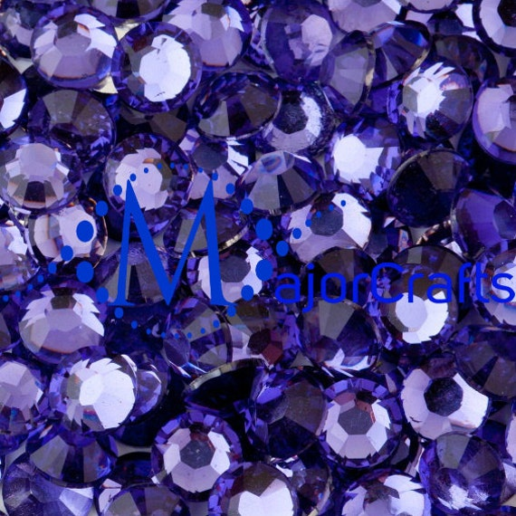 Light Purple Flat Back Round Resin Rhinestones Embellishment Gems C8