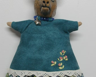 "Art Doll ""Tête de Cochon"" / Pig head"