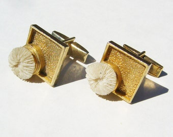 Antique Gold Tone Cuff Links w/ Tiny Coral Embellishment - Cufflink, Cufflinks