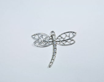 BR55 - large silver metal Dragonfly charm