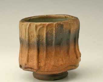 rust and brown yunomi with slipwork, organic tea bowl, rustic japanese tea bowl, antique yunomi, ceramic cup, stoneware cup, Shikha