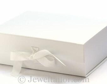 Luxurious Extra Large White Grosgrain Ribbon Tie Quality Gift Box 33cm ~ An Ideal Weding Gift, Keepsake, Bespoke Hamper or Presentation Box