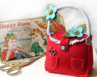 Haberdashery Gift, Felt Pincushion, Red Pin Cushion Handbag, Floral Pincushion, Cute Pincushion, Sewing Notion, Seamstress Gift