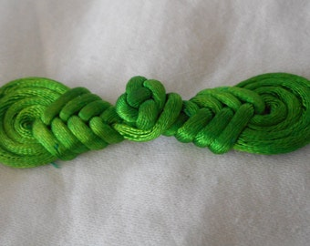 Small Green Cord Fabric Frog Closure Clasp Buckle